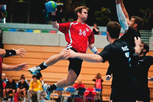 Einsetzbar bei Ballsportarten wie Handball, Wasserball, Basketball etc.